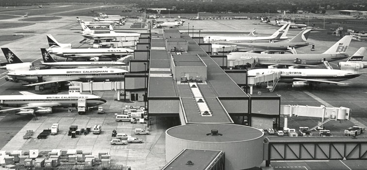 Aircraft on stand 1978