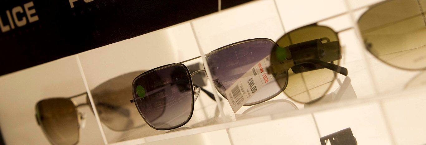 Sunglass Hut Gatwick Airport  sunglasses gatwick airport